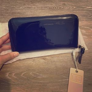 New black continental wallet